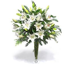 Bouquet with lilies for beloved
